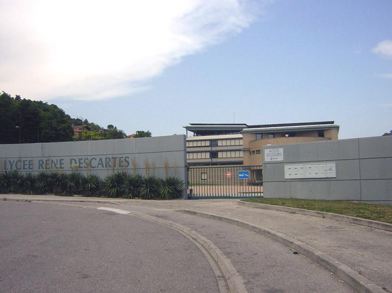 Entrée du Lycée